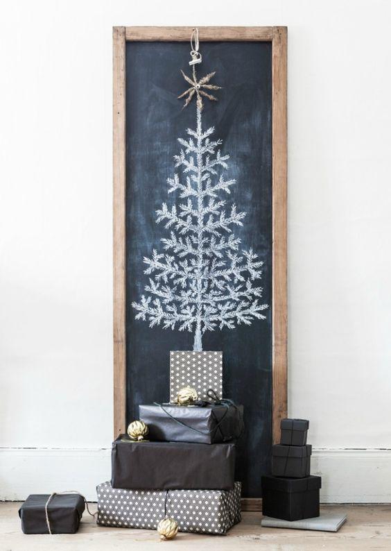 Árbol de Navidad dibujado en una pizarra