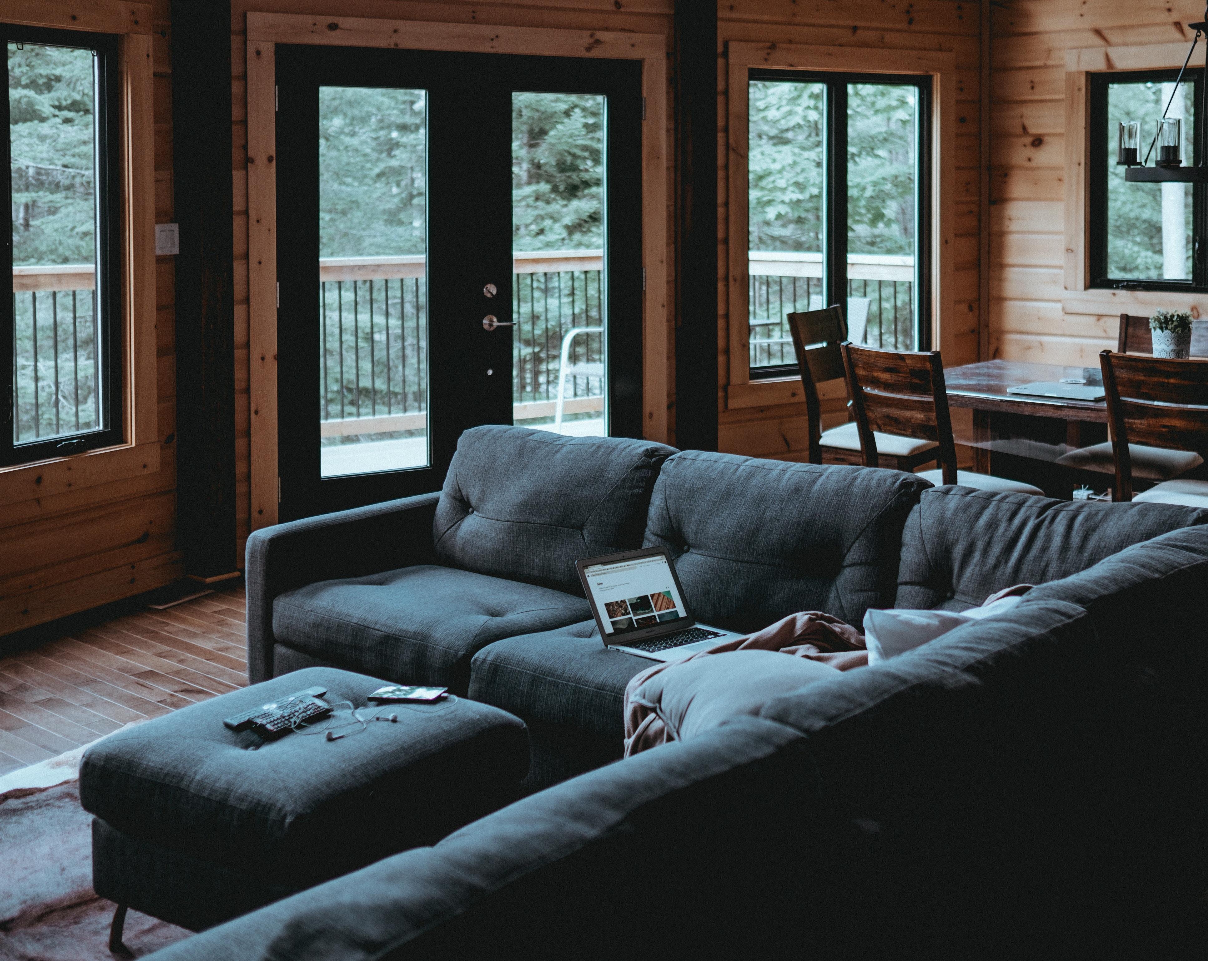 Consejos para comprar muebles y artículos de decoración online