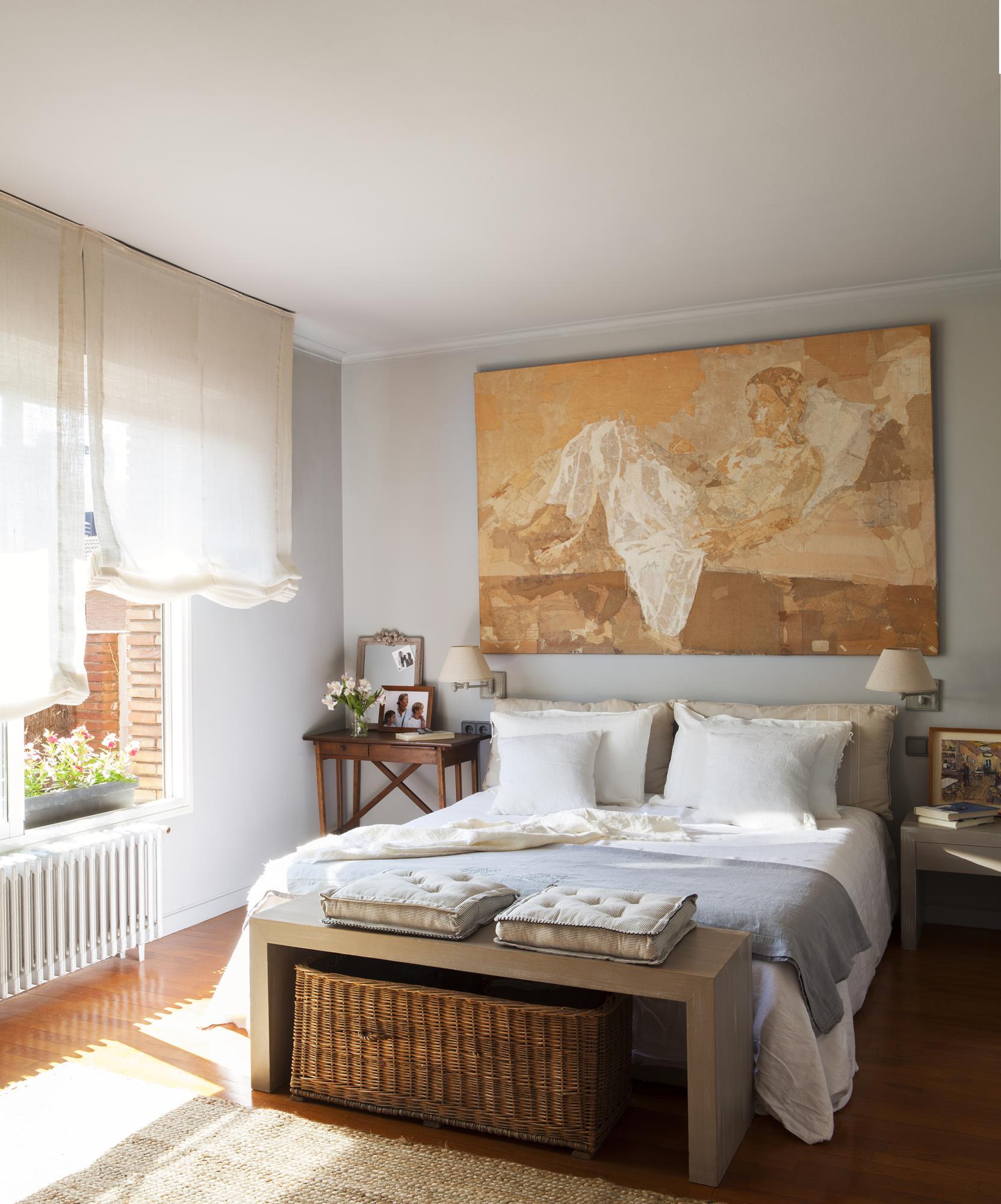 Blog a los pies de la cama for Mueble que se pone a los pies de la cama
